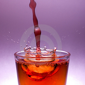 Water Drop Splash Crown Royalty Free Stock Photos - Image: 1379048