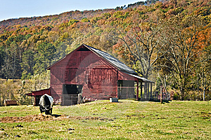 Red Barn With Autumn Mountain Royalty Free Stock Image - Image: 13703256