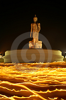 The Buddha On Fire II Royalty Free Stock Image - Image: 13767336