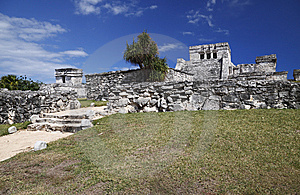 Tulum Ruins Stock Images - Image: 13770384