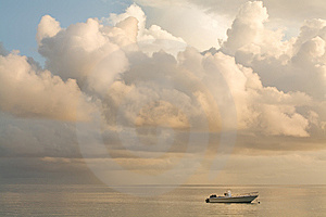 Boat In Ocean. Royalty Free Stock Images - Image: 13772639