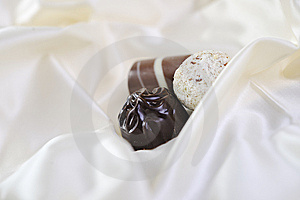 Chocolate And Praline Royalty Free Stock Images - Image: 13788309