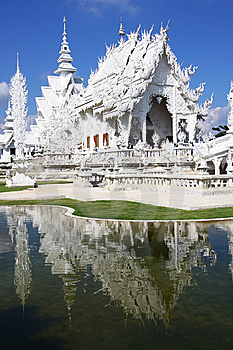Wat Rong Khun Royalty Free Stock Images - Image: 13789169