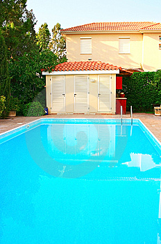 House And Swimming Pool Royalty Free Stock Image - Image: 13813996