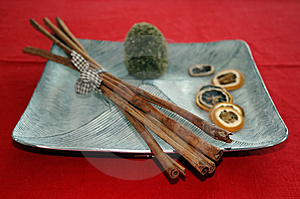 Cinnamon Bark On Plate Stock Image - Image: 13821201