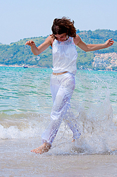 Girl Runs Stock Images - Image: 13832864