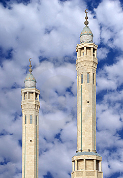 Colourful Minarets Of Sabeeka Bent Ebrahim Mosque Royalty Free Stock Image - Image: 13841946