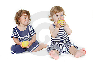 Two Toddler Girls With Green Apples Royalty Free Stock Photos - Image: 13862358