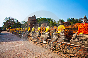 Buddha Statues At The Temple Of Wat Yai Chai Mongk Royalty Free Stock Photography - Image: 13871607