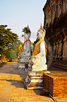 Buddha Statues At The Temple Of Wat Yai Chai Mongk Royalty Free Stock Image - Image: 13871646