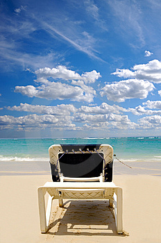 Sunbed Stock Images - Image: 13879294