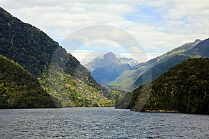 Doubtful Sound Royalty Free Stock Images - Image: 13884309