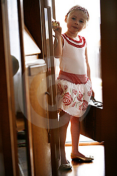 Little Girl Ready To Go On Vacation Stock Image - Image: 13893691