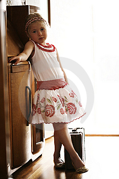 Little Girl Ready To Go On Vacation Stock Images - Image: 13893694