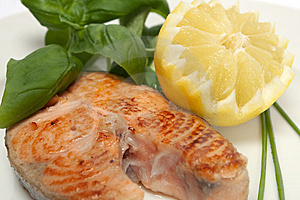 Roasted Salmon Steak Royalty Free Stock Photos - Image: 13900238