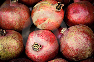 Few Red Mellow Pomegranates In Range. Stock Photography - Image: 13902282