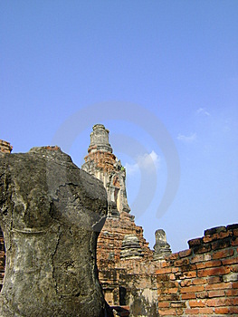 Headless Ruin Buddha And Ancient Pagoda Royalty Free Stock Photos - Image: 13903068