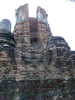 Ruin Pagoda Of Ayutthaya, Thailand Royalty Free Stock Images - Image: 13903079