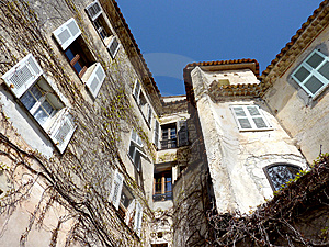 Old House In Eze Village, France Royalty Free Stock Image - Image: 13924086