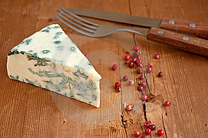 Blue Cheese And Red Pepper Royalty Free Stock Photography - Image: 13985557