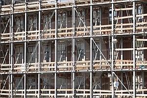 Lavori di costruzione su una facciata Immagini Stock