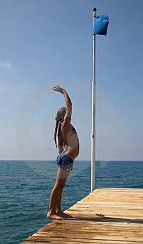 Mädchen in dem Meer. Lizenzfreies Stockbild