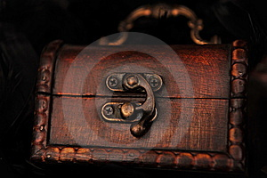 Closed Small Treasure Chest Royalty Free Stock Photography - Image: 14038547