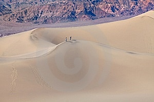 Mesquite Flat Sand Dunes, Death Valley Royalty Free Stock Photos - Image: 14047468