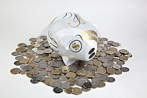 Piggy Bank And Money Royalty Free Stock Photo - Image: 14056875