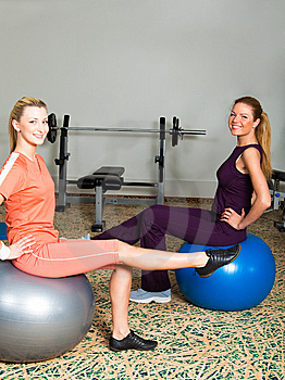 Two Young Women In Gym Royalty Free Stock Photos - Image: 14065948