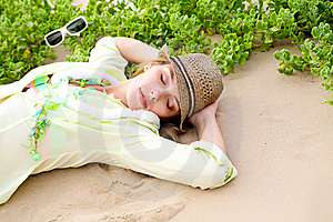 Gilr Lying On Beach Royalty Free Stock Images - Image: 14082139