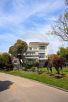 Freestanding Villa Royalty Free Stock Photo - Image: 14083615