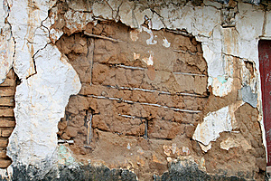 Adobe Will Falling Apart Royalty Free Stock Photo - Image: 14095895