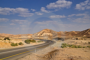 Desert Highway And Sky Royalty Free Stock Photos - Image: 14102238