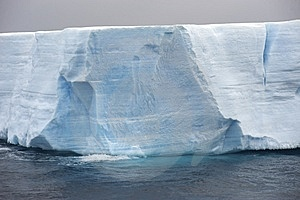 Tabular Iceberg Antarctica Stock Image - Image: 14117511