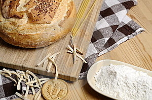 Bread And Flour Royalty Free Stock Image - Image: 14175016