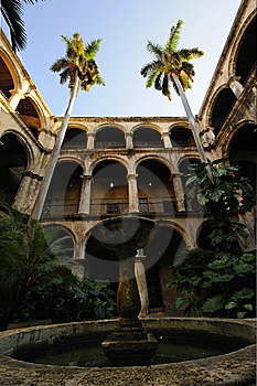 Cuban Court Yard And Fountain In Old Havana Royalty Free Stock Photo - Image: 14195115