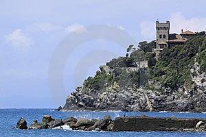Italienischer Riviera-Felsen Stockbild - Bild: 14206741
