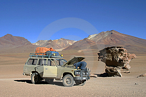 Car In Desert Royalty Free Stock Photography - Image: 14220927