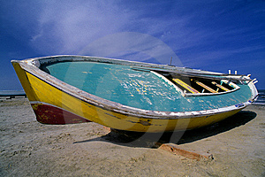 Egyptian Fishing Boat Royalty Free Stock Photo - Image: 14221355