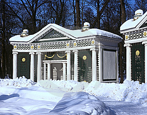 Summerhouse In Winter Peterhof Stock Image - Image: 14226351