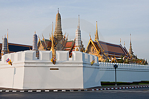 The Temple Of The Emerald Buddha Royalty Free Stock Image - Image: 14256496