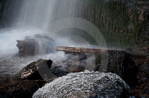 Icy Waterfall Royalty Free Stock Photos - Image: 14260788
