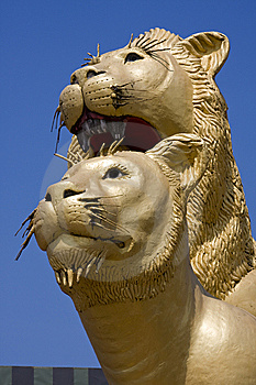Statue Of Lion Stock Images - Image: 14289324