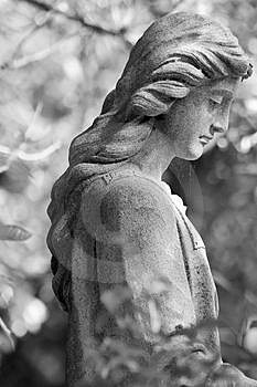 Cemetery Statue Royalty Free Stock Image - Image: 1438956