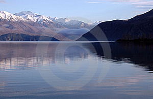 Lake Wanaka, New Zealand Royalty Free Stock Images - Image: 14328539