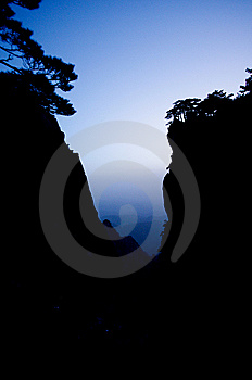 Huangshan And Pine Silhouette Royalty Free Stock Image - Image: 14328896
