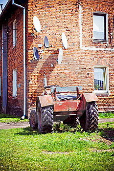 Satellite Antennas And Tractor, Alternative Life Royalty Free Stock Photo - Image: 14341735