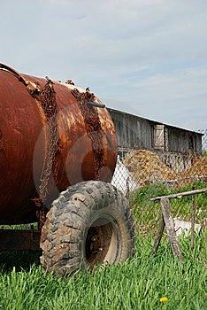 Cisterna Del Agua Imagenes de archivo - Imagen: 14358214