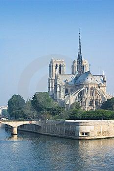 Notre-Dame De Paris In The Morning Stock Photos - Image: 14382323